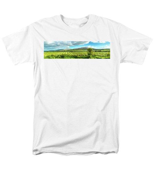 Ireland  - Burren Panorama Men's T-Shirt  (Regular Fit) by Juergen Klust