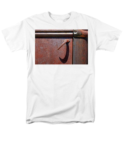 Men's T-Shirt  (Regular Fit) featuring the photograph Irrustistible by Christopher McKenzie