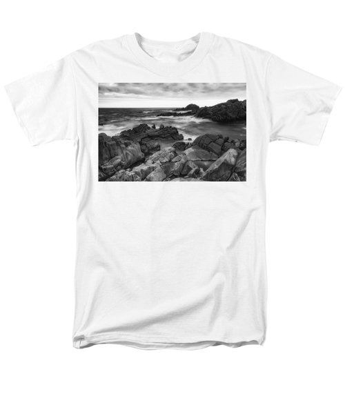 Men's T-Shirt  (Regular Fit) featuring the photograph Island by Hayato Matsumoto