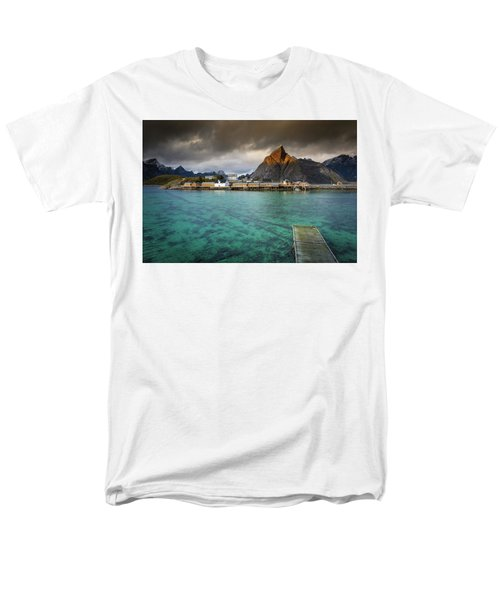 It's Not The Caribbean Men's T-Shirt  (Regular Fit)