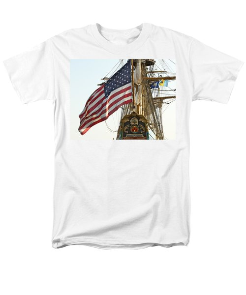 Kalmar Nyckel American Flag Men's T-Shirt  (Regular Fit) by Alice Gipson