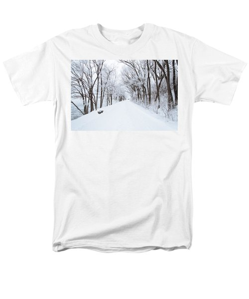 Lonely Snowy Road Men's T-Shirt  (Regular Fit) by  Newwwman