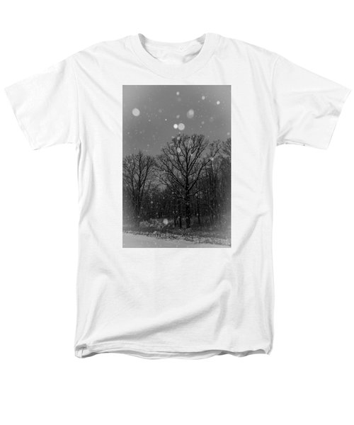 Men's T-Shirt  (Regular Fit) featuring the photograph Majestic  by Annette Berglund