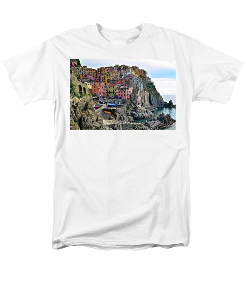 Men's T-Shirt  (Regular Fit) featuring the photograph Manarola Version Four by Frozen in Time Fine Art Photography