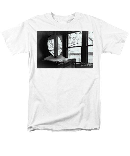 North Shore House Men's T-Shirt  (Regular Fit) by Nicki McManus