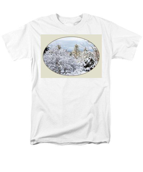 northeast USA photography button Men's T-Shirt  (Regular Fit) by Lise Winne