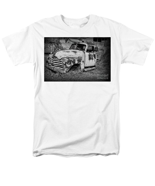 Old Rusty Chevy In Black And White Men's T-Shirt  (Regular Fit) by Paul Ward