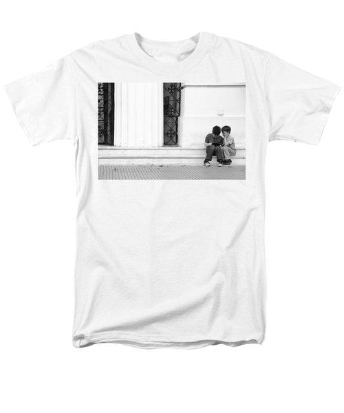 Online Men's T-Shirt  (Regular Fit) by Silvia Bruno