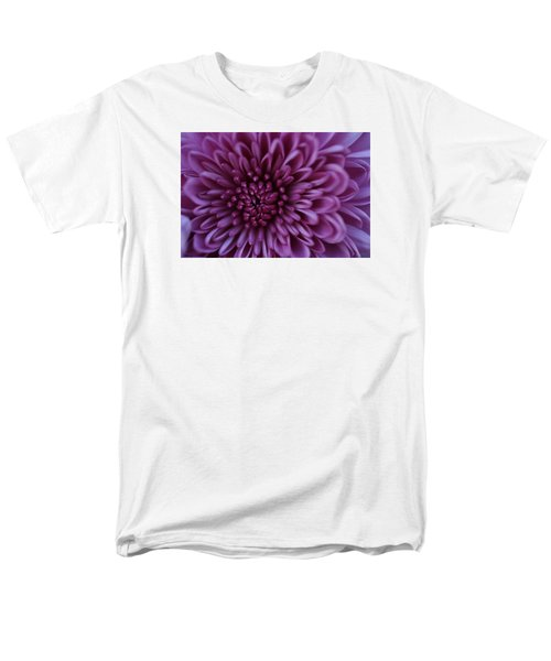 Men's T-Shirt  (Regular Fit) featuring the photograph Purple Mum by Glenn Gordon
