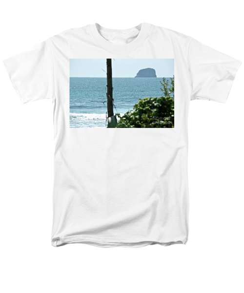 Pacific Ocean Men's T-Shirt  (Regular Fit) by Yurix Sardinelly