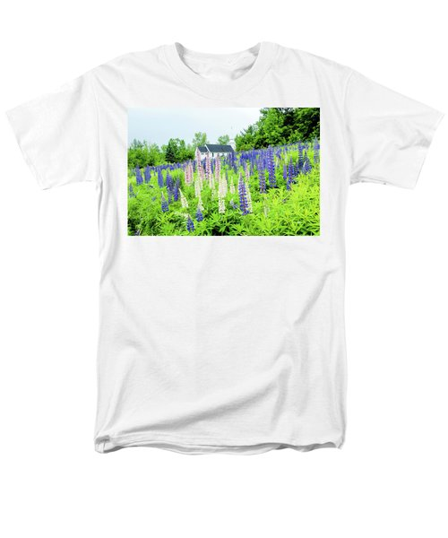 Men's T-Shirt  (Regular Fit) featuring the photograph Photographers Dream Or Allergy Nightmare by Greg Fortier