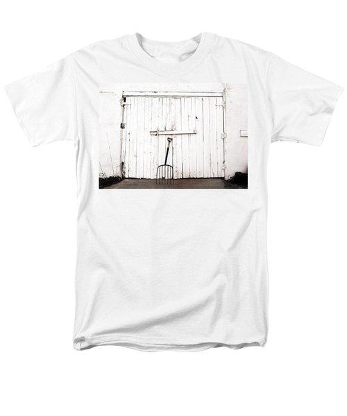 Pitch Fork Men's T-Shirt  (Regular Fit)
