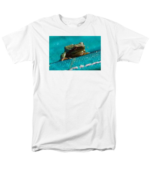 Men's T-Shirt  (Regular Fit) featuring the photograph Pool Frog by Richard Patmore