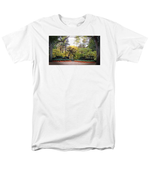 Men's T-Shirt  (Regular Fit) featuring the photograph Pumpkins In A Row by Teresa Schomig