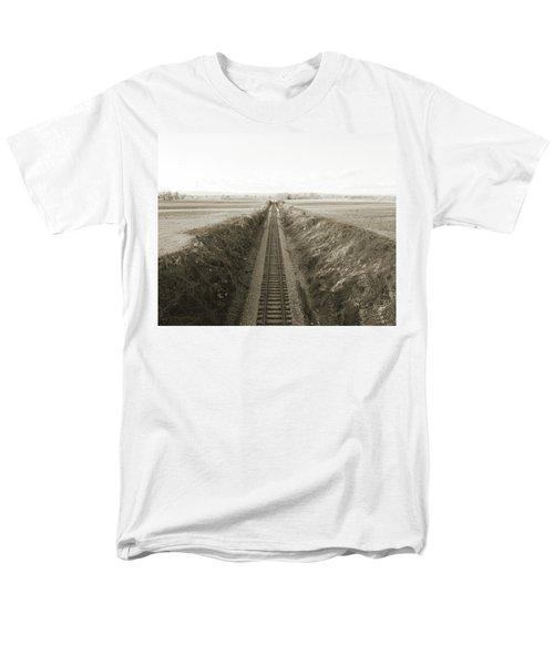 Railroad Cut, West Of Gettysburg Men's T-Shirt  (Regular Fit) by Jan W Faul