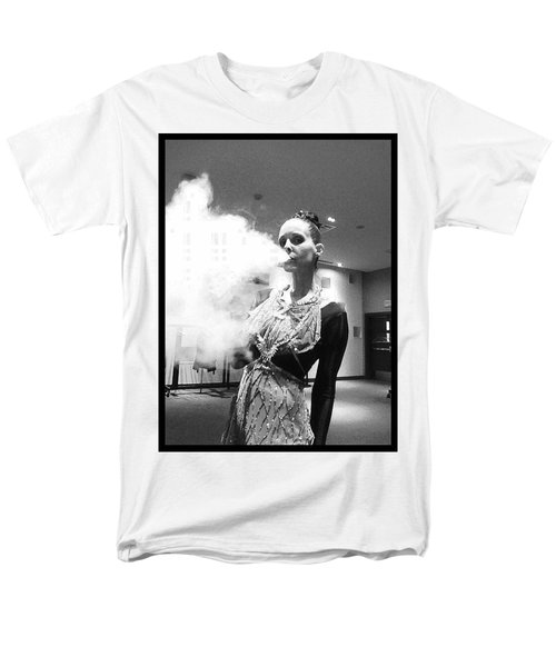 Men's T-Shirt  (Regular Fit) featuring the photograph Red Carpet Vapeing  by Lisa Piper
