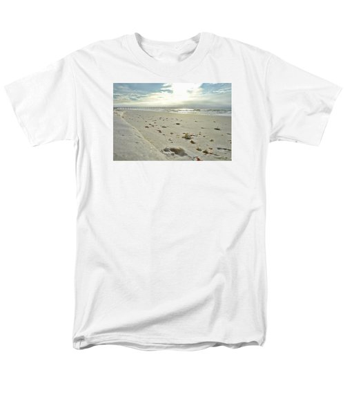 Seashells On The Seashore Men's T-Shirt  (Regular Fit)