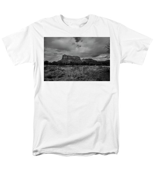 Men's T-Shirt  (Regular Fit) featuring the photograph Sedona Red Rock Country Arizona Bnw 0177 by David Haskett