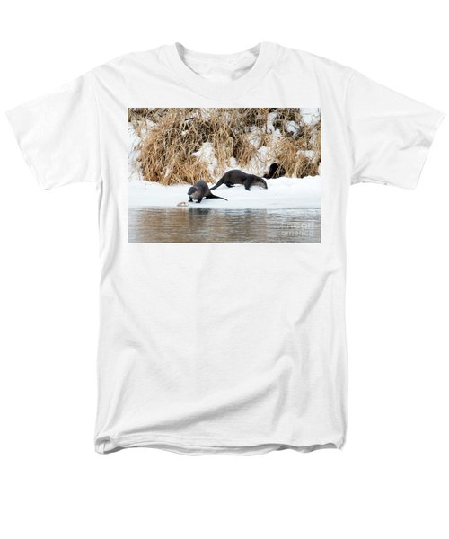 Sharing A Meal Men's T-Shirt  (Regular Fit) by Mike Dawson