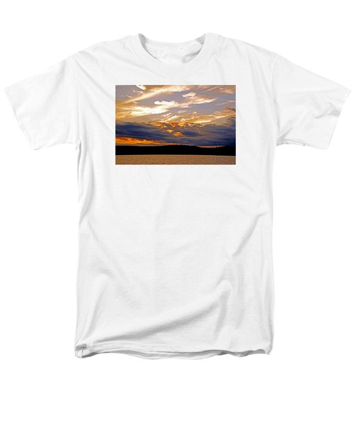 Men's T-Shirt  (Regular Fit) featuring the photograph Sky Fire by Lynda Lehmann