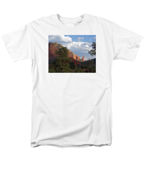 Men's T-Shirt  (Regular Fit) featuring the photograph Spectacle by Lynda Lehmann