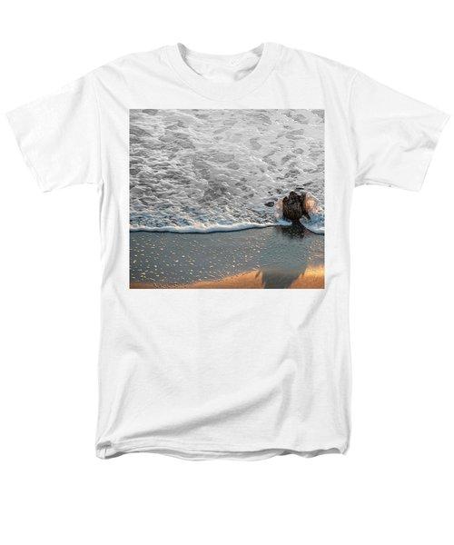 Splash Men's T-Shirt  (Regular Fit) by Glenn Gemmell