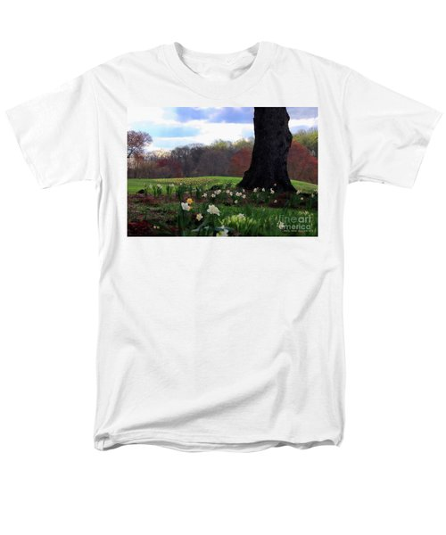 Men's T-Shirt  (Regular Fit) featuring the photograph Springing Forward At Edgemont Golf Course by Polly Peacock