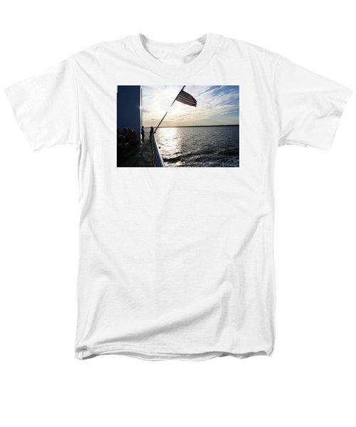 Sunset Cruise Men's T-Shirt  (Regular Fit)
