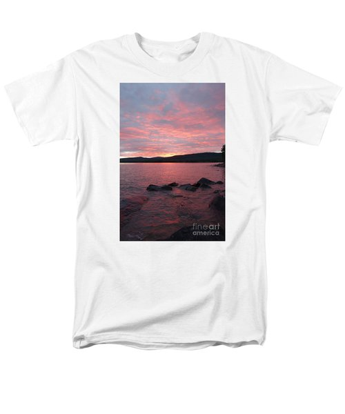Men's T-Shirt  (Regular Fit) featuring the photograph Superior Delight by Sandra Updyke