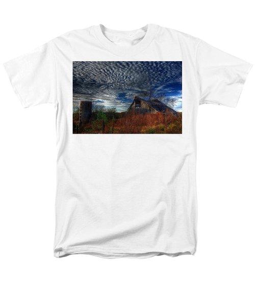 The Barn At Twilight Men's T-Shirt  (Regular Fit) by Karen McKenzie McAdoo