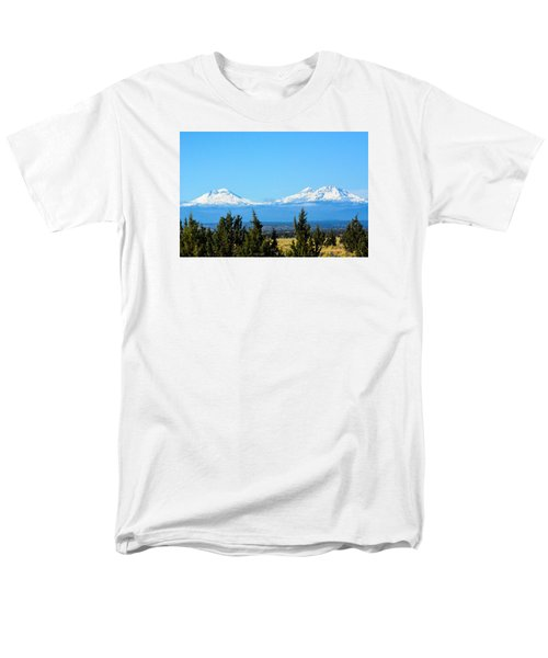 Three Sisters In The Fall Men's T-Shirt  (Regular Fit)