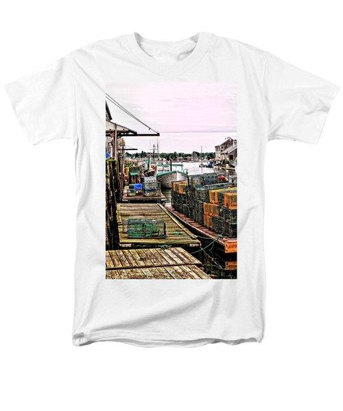 Traps Portland Maine Men's T-Shirt  (Regular Fit) by Tom Prendergast