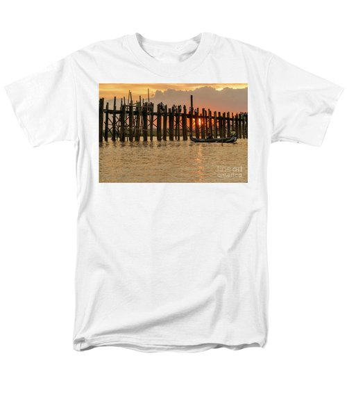 U-bein Bridge Men's T-Shirt  (Regular Fit) by Werner Padarin