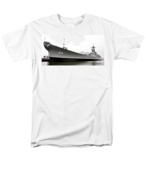 Uss Wisconsin - Port-side Men's T-Shirt  (Regular Fit) by Christopher Holmes