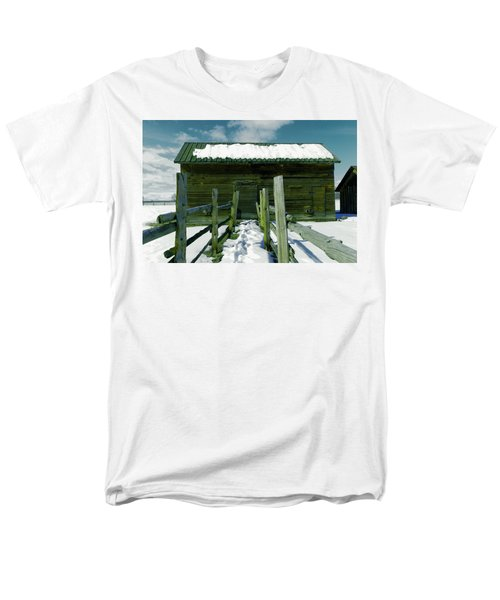 Men's T-Shirt  (Regular Fit) featuring the photograph Walkway To An Old Barn by Jeff Swan