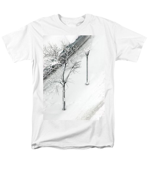 When Nature Quiets The City Men's T-Shirt  (Regular Fit) by Dana DiPasquale