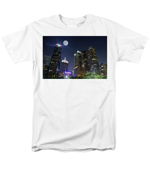 Windy City Men's T-Shirt  (Regular Fit) by Frozen in Time Fine Art Photography