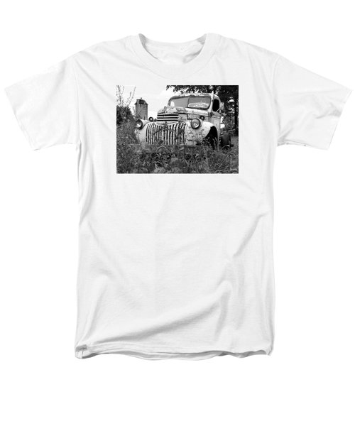 Men's T-Shirt  (Regular Fit) featuring the photograph Working Days Are Done by Janice Adomeit