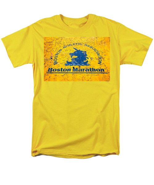 Runners Men's T-Shirt  (Regular Fit) by Charlie Brock