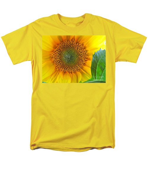 Men's T-Shirt  (Regular Fit) featuring the photograph The Last Sunflower by Sean Griffin