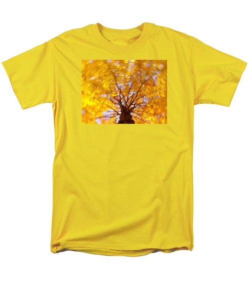 Spinning Maple Men's T-Shirt  (Regular Fit)