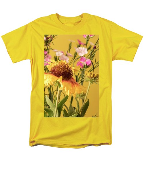Gaillardia And Dianthus Men's T-Shirt  (Regular Fit) by Richard Rizzo