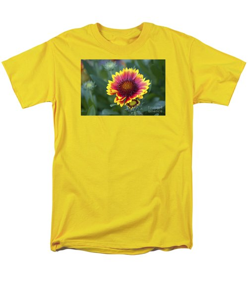 Men's T-Shirt  (Regular Fit) featuring the photograph Gallardia 20120615_183b by Tina Hopkins
