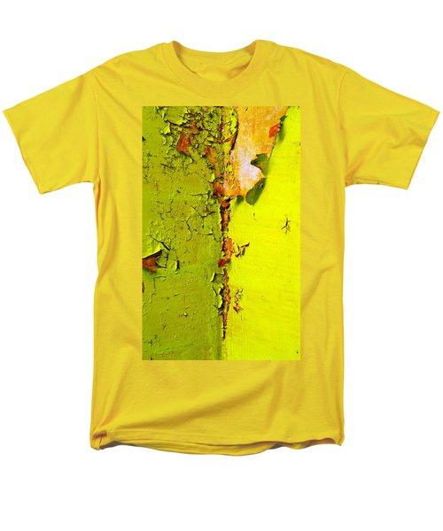 Men's T-Shirt  (Regular Fit) featuring the photograph Going Green by Skip Hunt