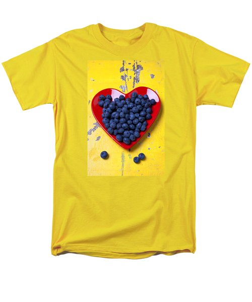 Red Heart Plate With Blueberries Men's T-Shirt  (Regular Fit) by Garry Gay