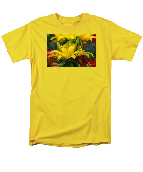 Men's T-Shirt  (Regular Fit) featuring the photograph Yellow Day Lily 20120614_55a by Tina Hopkins