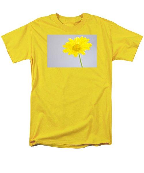 Yellow Drops Men's T-Shirt  (Regular Fit) by Shelly Gunderson