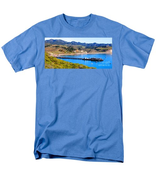 Avila Beach California Fishing Pier Men's T-Shirt  (Regular Fit)