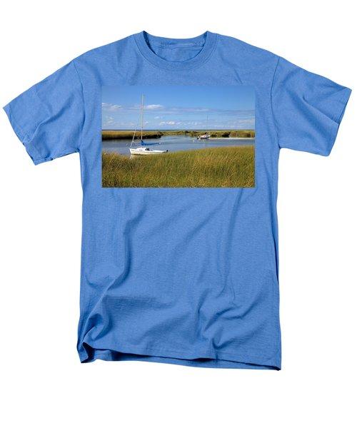 Men's T-Shirt  (Regular Fit) featuring the photograph Awaiting Adventure by Gordon Elwell