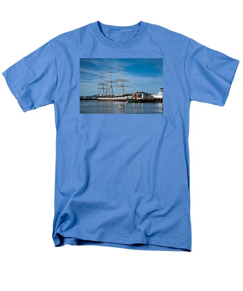 Rowing Past Balclutha And Steamship Eppleton Hall Men's T-Shirt  (Regular Fit)